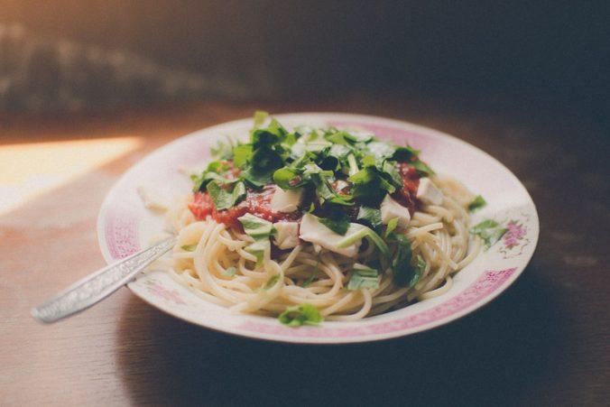 Spaghetti with wild garlic