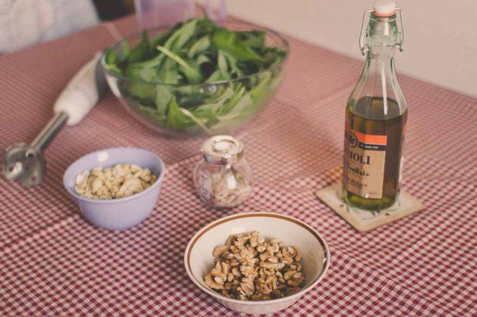 Wild garlic pesto ingredients